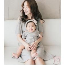 Nursing Set - Vert Stripe Grey (plus baby romper)